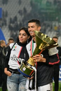 Cristano Ronaldo, Ronaldo Football, Football Players, Juventus Wallpapers, Cristiano Ronaldo Cr7, Juventus Fc, Best Player, Real Madrid, Gym Workouts