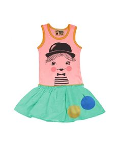preordered this for my niece for a little photo shoot we're doing : )