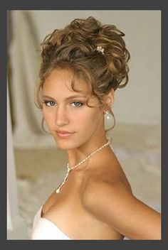 Hairstyles, Wedding Hairstyles Updos Curls: Simple Style of Wedding Updos For Medium Length Hair