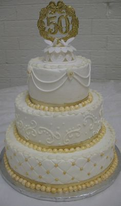 50 anniversary wedding cake flavors and fillings Golden Anniversary Cake, 50th Wedding Anniversary Cakes, Anniversary Ideas, 50th Cake, Wedding Cake Flavors, Elegant Wedding Cakes, Gold Leaf, Cake Ideas, Wedding Tips