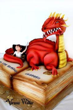 Superhero Cupcakes by ~Verusca on deviantART Fondant Figures, Fondant Cakes, Cupcake Cakes, Unique Cakes, Creative Cakes, Beautiful Cakes, Amazing Cakes, Cake Decorating With Fondant, Fantasy Cake