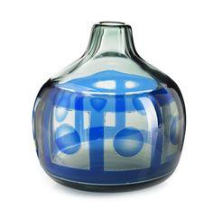 "Sven Palmqvist, ""Ring"" vase for Orrefors, Sweden, c. Glass Design, Design Art, Scandinavian Design, Modern Contemporary, Glass Art, Retro Vintage, Cool Designs, Pottery, Ring"
