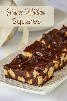 A downsized version of the UK favourite, chocolate biscu… Prince William Squares. A downsized version of the UK favourite, chocolate biscuit cake, but made into smaller portions as cookie squares. Chocolate Biscuit Cake, No Bake Biscuit Cake, No Bake Desserts, Dessert Recipes, Broken Biscuits, Rock Recipes, Galette, Savoury Cake, Crack Crackers