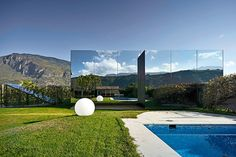 9 Spectacular Mirrored Buildings Photos | Architectural Digest