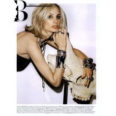 Vogue Paris Editorial Golden Girl , June/July 2009 Shot #2 ❤ liked on Polyvore
