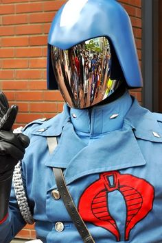 Cobra Commander Cosplay. Excellent! Since CC and Starscream were voiced by the same fantastic voice actor in the cartoons this guy should do a Starscream one next!