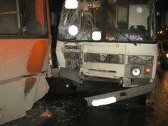 В Челябинске в час пик столкнулись два автобуса. Есть пострадавшие
