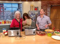 Rachael Ray Show - Food - Bobby Deen's Slow-Cooked North Carolina-Style Pulled Pork - Bobby suggests a Pulled Pork Salad, too. Healthy Crockpot Recipes, Slow Cooker Recipes, Cooking Recipes, Slow Cooking, Yummy Recipes, Cream Gravy, Pork Salad, Chicken Fried Steak, Rosemary Chicken