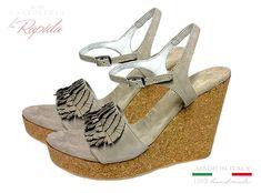 Sandali con Zeppa Sughero in Pelle Camoscio Grigi Cavigliera Estate Cork Wedges, Estate, Ipod Touch, Shoes, Fashion, Moda, Zapatos, Shoes Outlet, Fashion Styles