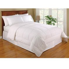 Australian Wool-filled Sateen 233-thread Count Cotton Comforter King Size