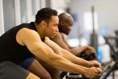 What do you do if you're having a hard time pushing yourself to exercise? Here are two ways to trick yourself into working out -- and maximizing your gains.