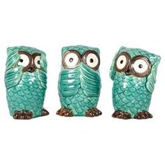 "Three-piece ceramic owl decor set.  Product: 3 Piece owl décor setConstruction Material: CeramicColor: Turquoise and brownDimensions: 6.5"" H x 4"" Diameter each"