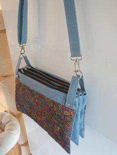 Triple pochette ChaChaCha en jean et tissu coloré cousue par Alexandra - Patron Sacôtin