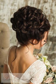 Coiffure De Mariage  : Featured Hairstyle: Elstile;Âwww.elstile.ru; Wedding hairstyle idea.