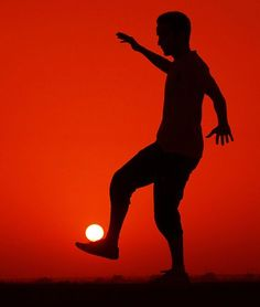 No special effects here, just a simple sunset picture with the cool concept. Soccer anybody?