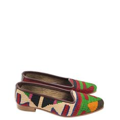 Beautifully handmade using off cuts of authentic Turkish kilim, each of these ladies in-door slippers have a unique pattern and colour scheme, with leather soles and a sueded lining for added durability.  Each pair is unique in its pattern and colouring Not suitable for outdoor use Available in sizes: 36 – 41  Email us for images of available colours in your required size.