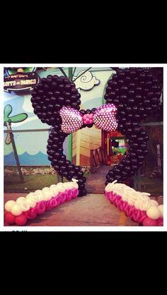 Minnie Mouse party balloon ideas