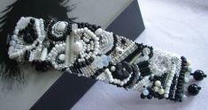 """Glasperlenarmbänder - gesticktes Perlenarmband..""""Nachtlichter"""" - ein Designerstück von sibea bei DaWanda"""