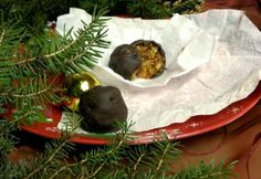 Aszalt fügés-sárgabarackos bonbon Pudding, Food, Candy, Custard Pudding, Essen, Puddings, Meals, Yemek, Avocado Pudding