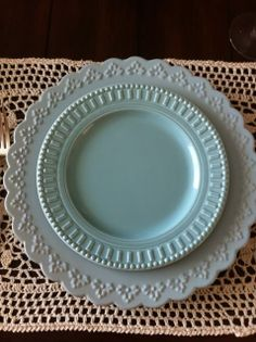 Five Star Beautiful Table Settings | started with the off white lacy placemats i then layered on a robin ...