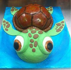 (Sqirt from nemo) Turtle Cookies, Tortoise Care, Fun Deserts, Cute Turtles, Turtle Birthday, Fondant Icing, Dessert Decoration, Tortoises, Luau Party