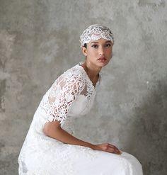 Claire Pettibone 'Julia' wedding dress, Still Life Collection http://www.clairepettibone.com/bridal/?cp=gowns/julia | Photo: Elizabeth Messina  ...