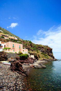 Alicudi - Isole Eolie - sicilia #sicily