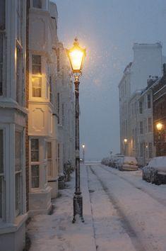 Snow in Brighton, England(a beautiful winter night) Winter Szenen, Winter Magic, Winter Night, Winter Time, Winter Walk, Brighton England, England Uk, England Winter, Brighton City