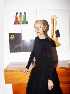 Luisa delle piane galerista de Milan Icon Design, Interior Inspiration, Formal Dresses, Stylish, Brown, Instagram Posts, Beauty, Black, Ph