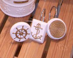 nautical / beach themed bathroom