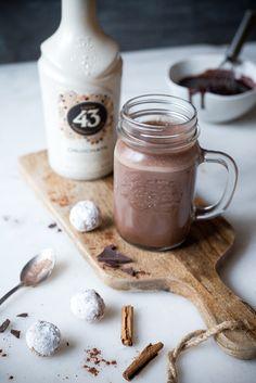 Heiße Schokolade mit Licor 43 Orochata.