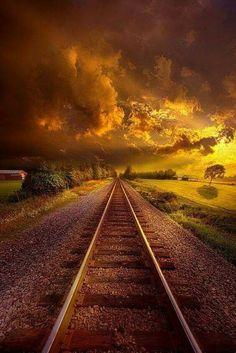 Very beautiful Beautiful Sunset, Beautiful World, Beautiful Places, Amazing Photography, Landscape Photography, Nature Photography, Trains, Train Tracks, Image Hd