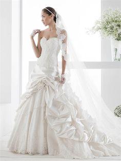 Strapless Sweetheart Lace Ruffled Taffeta Tulle Wedding Dress WD2244 www.tidedresses.co.uk $189.0000