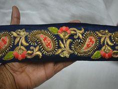 Saree With Belt, Saree Belt, Lehenga Dupatta, Saree Dress, Dupioni Silk Fabric, Embroidery Suits Design, Border Embroidery, Embroidery Saree, Embroidery Fashion