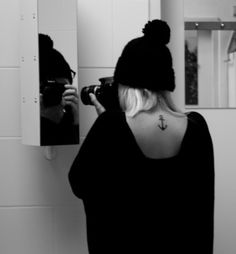 Never really wanted a neck tattoo, but I like this. Especially if it were in white ink.