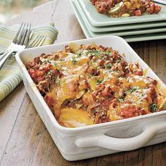 Easy Ground Beef #Recipes: Tomato 'n' Beef Casserole With Polenta Crust