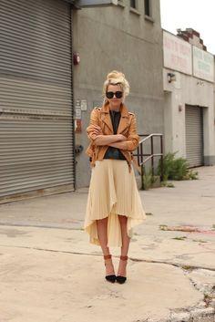neutral mix (Club Monaco jacket + Tibi top + Kaelen skirt + Free People x JC heels + Karen Walker sunnies) Fashion Moda, Look Fashion, Autumn Fashion, Fashion Photo, Mode Chic, Mode Style, Street Mode, Street Style, Karen Walker
