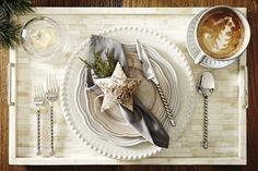 6 chic holiday table setting ideas
