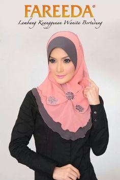 Fareeda Aisha... Islamic Fashion, Muslim Fashion, Hijab Fashion, Head Scarfs, Neck Scarves, Hijab Tutorial, Hijabs, Muslim Women, Neck Warmer