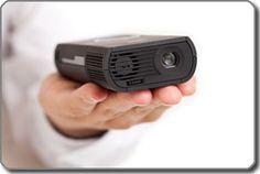 3M pocket projector