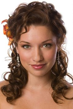 Innocent and Flowing Hazelnut Brown Hairstyle