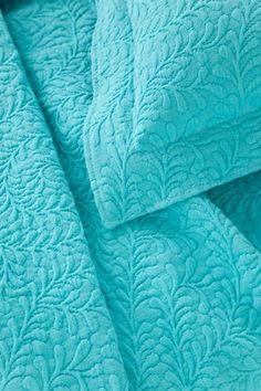 Scramble Aqua Matelassé Coverlet from Pine Cone Hill Tiffany Blue, Verde Tiffany, Azul Tiffany, Shades Of Turquoise, Bleu Turquoise, Shades Of Green, Aqua Bedding, Turquoise Bedding, Aqua Quilt
