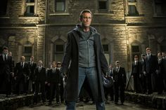 """I, Frankenstein Exclusive: Director Dishes Aaron Eckhart's Monster """"Committment"""""""