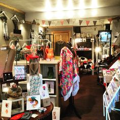 At the #twentyeight #shop #Stockbridge where we left the #notebooks #prints #linocut feeling #good #art #craft #creative #edinburgh #stockbridgeedinburgh #scotland