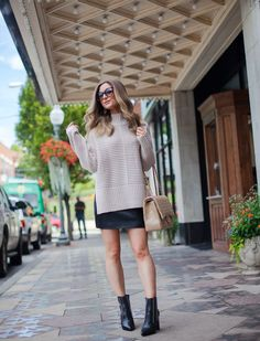 55e6920ebb2 How To Pair An Oversized Sweater With A Mini (pardon muah)