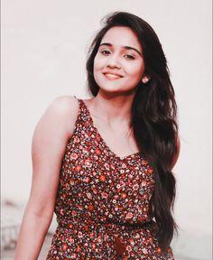 Girl Photo Poses, Girl Photos, Ileana D'cruz Hot, Girl Trends, Jennifer Love, Beautiful Indian Actress, India Beauty, Hottest Models, Indian Actresses