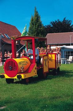 Camping Angebote bei CampingDeals - Familiencamping in Holland Holland, Camping, Holidays, The Nederlands, Campsite, Holidays Events, Holiday, The Netherlands, Netherlands