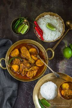 My mother's recipe for Murgir Jhol. The Sunday Chicken Curry. Packed with flavor. Veg Recipes, Curry Recipes, Indian Food Recipes, Chicken Recipes, Cooking Recipes, Bangladeshi Food, Bengali Food, Mother Recipe, Home Food