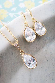 Cubic Zirconia Teardrop Jewelry Set, Wedding Bridal Bridesmaid Earrings Necklace, Cubic Zirconia Earrings, gold gift for her, www.glitzandlove.com