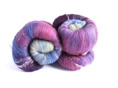 Last one from nunoco etsy shop ... for now... Spinning batts - 100g - 3.5oz - merino wool  - silk noil -  Tussah silk - THE BUGLE